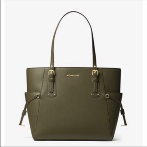 Michael Kors voyager sapphiano leather.